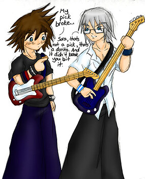 Sora! Quit playing the guitar with Doritos!
