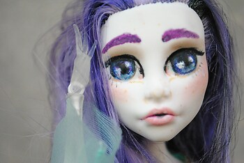 Monster hight Doll repaint 1